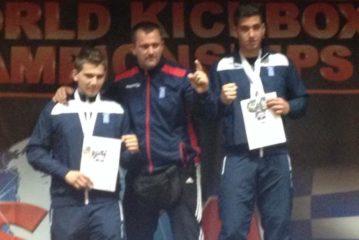 Τζωρτζiνάκης και Γιακουμάκης στο Πανελλήνιο πρωτάθλημα kick boxing